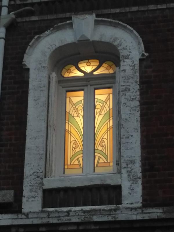 vitraux de salle de bain créés et posés sur un double vitrage