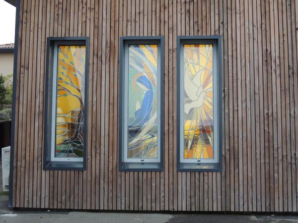 vitraux posés au lycée de Montastruc la conseillère, vue extérieure
