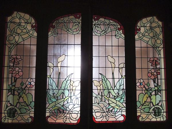 vue générale des vitraux réparés