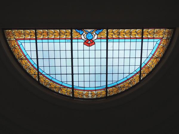 vitraux après restauration du Monument aux morts, patrimoine d'Albi