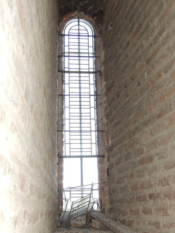 vue intérieure du vitrail avant restauration, cathédrale d'Albi