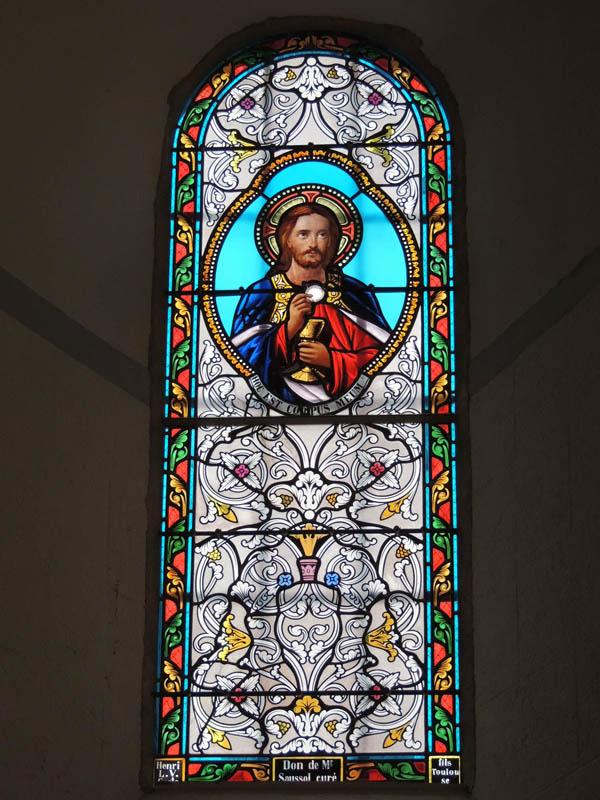 vitraux restaurés, reprise de grisaille sur visage et mains, église d'Escroux