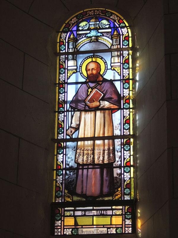 vitraux après restauration, église de Notre Dame de La Garde, Paulinet