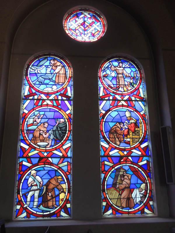 vitraux restaurés de toute l'église de Roquecourbe